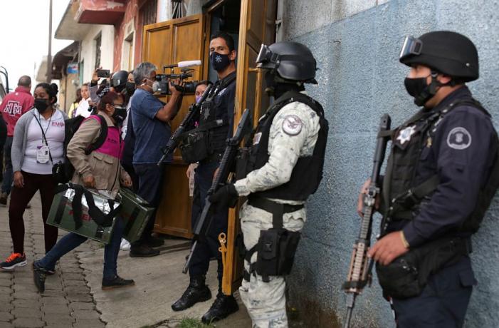 KRVAVI IZBORI U MEKSIKU: Ubijeno 97 političara, odsečena ljudska glava na biračkom mestu! 3