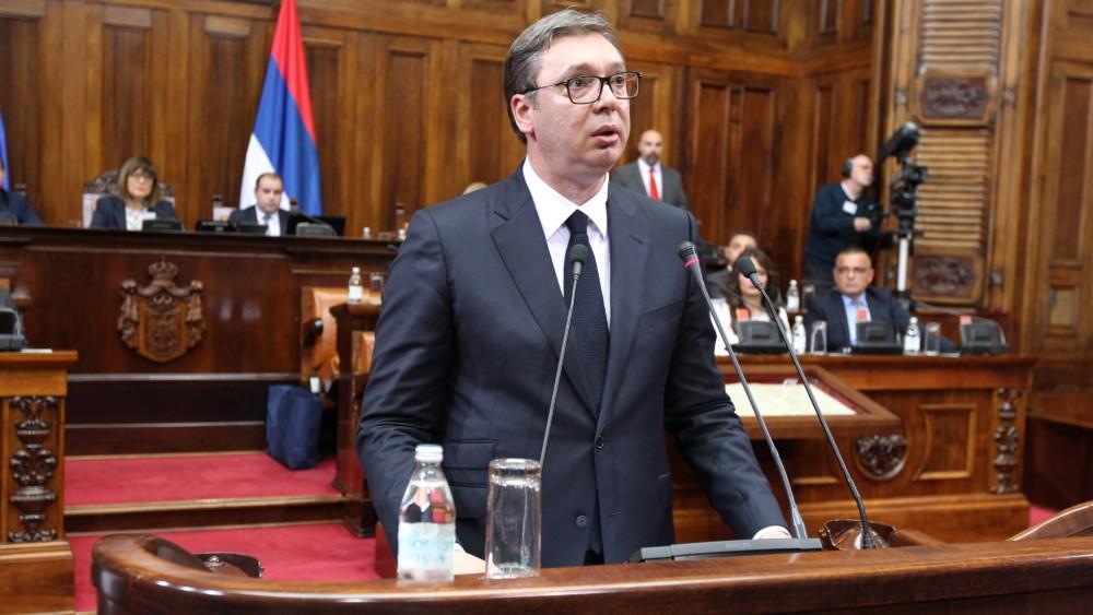 VUČIĆ BEZOBRAZAN KAO DŽUKELA: Narod je nezahvalan, ja im dajem pare a oni beže sa Kosova! (VIDEO) 1
