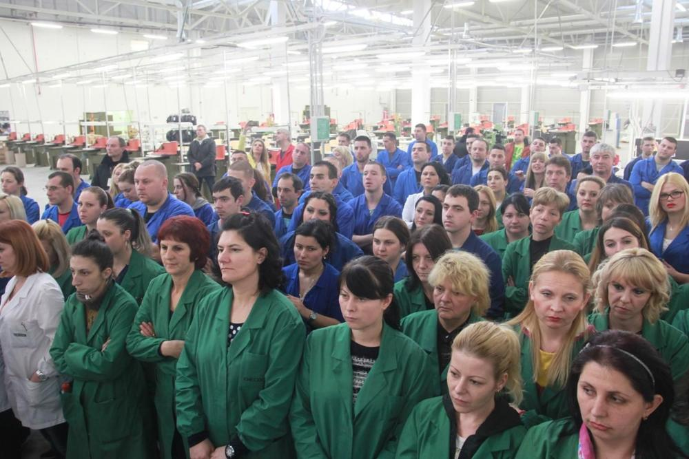 VUČIĆEVO ČEDO: Došli 2016, uzeli 13,5 miliona evra narodnih para, sad zatvaraju fabriku! 1
