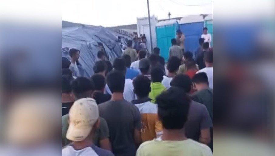 (VIDEO) Udruženje Solidarnost, objavilo snimke mrtvog migranta u kampu! POBUNA I KAMENOVANJE POLICIJE… 1