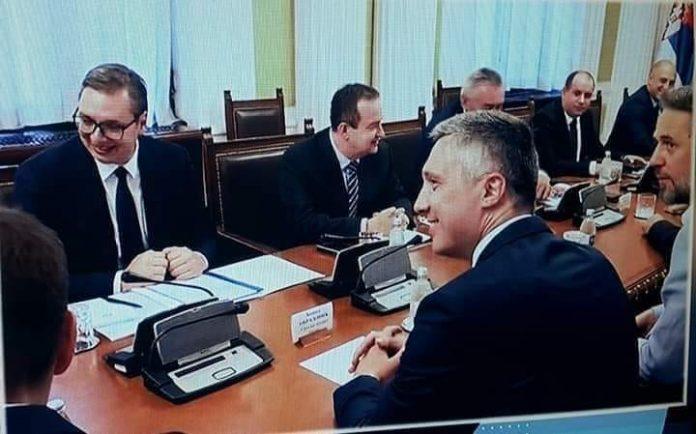 MALO TROŠKA OKO BOŠKA: Vučić mu dao 200 000 evra da brani Kosovo na jutarnjim programima! 1
