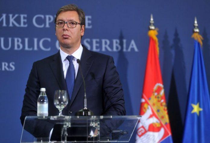 RASKRINKAVANJE: Tviter označio medije koji služe Vučiću! 1