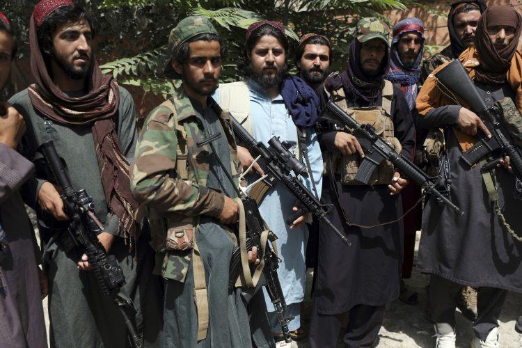 TALIBANI PUCALI NA UČESNIKE PROTESTA Ima mrtvih i ranjenih! (VIDEO) 1