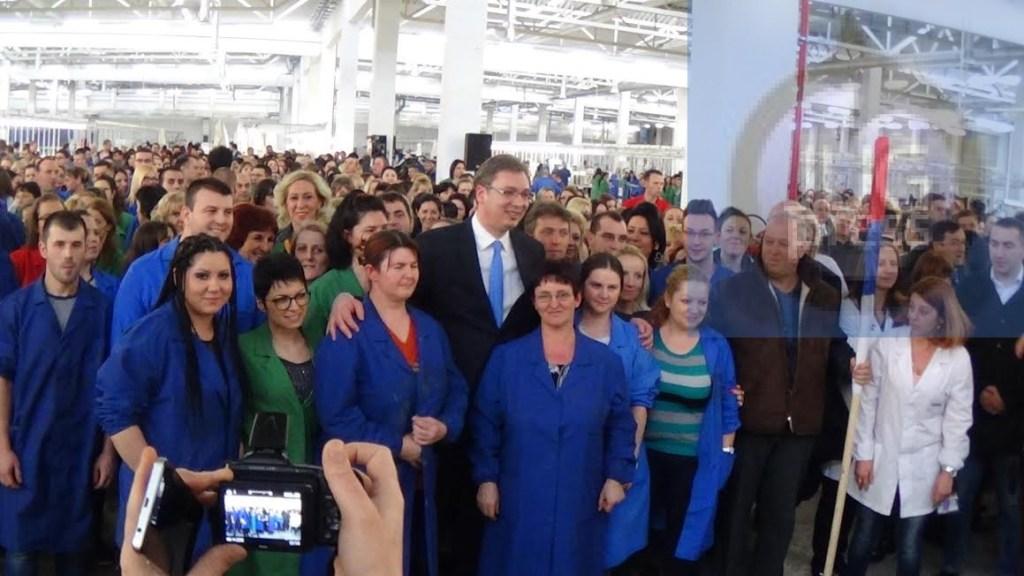 JUG SE DIGAO: Vučić panično odjurio da smiruje ljude, bliži mu se kraj! 1