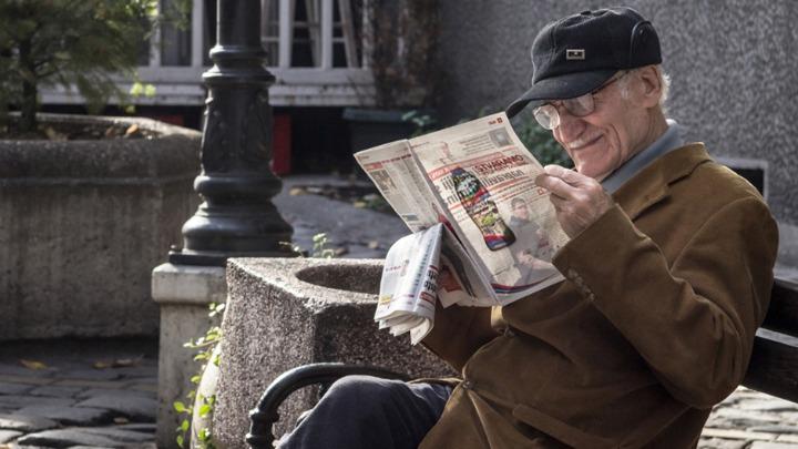 NAJSTARIJI U SRBIJI SE DIGLI: 10 000 penzionera tužilo državu zbog Vučićeve pljačke! 1