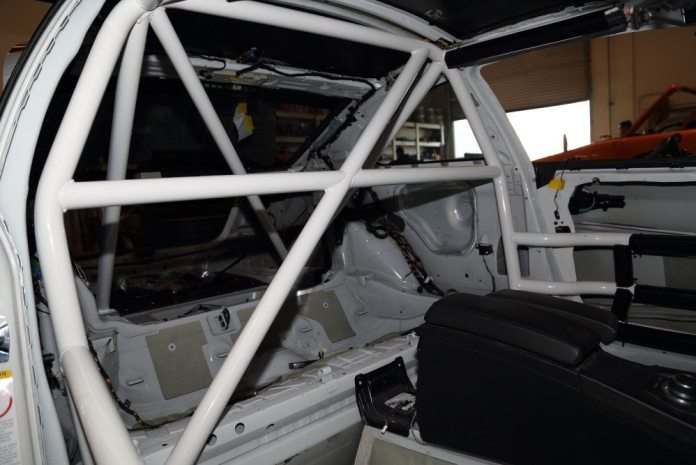 Here's another look at the rear of the cage and its supports.