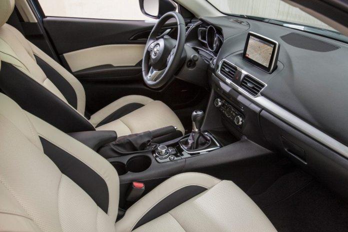 2015+Mazda3+5D+s+Touring+6MT+Blue+Reflex+%2833%29