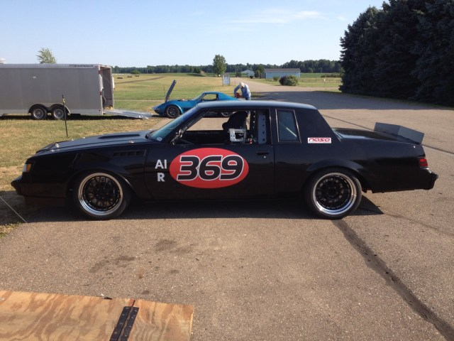 SN_1112_RacecarFeature_2