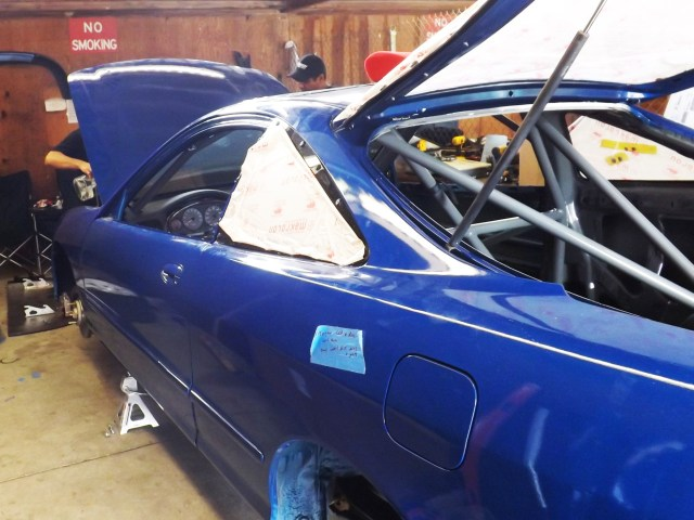 This shell of a 1994 Acura Integra left California Monday night with little more than a roll cage inside and an engine under the hood.
