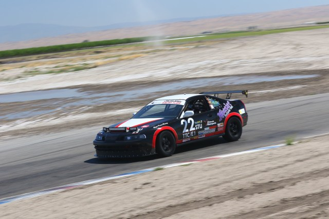 Team El Dorado Motorsports took its Honda Prelude to an E1 class win over a field of BMW 3-series cars.