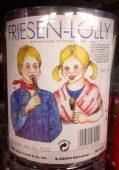 Friesen-Lolly in echt hässlicher Verpackung mit Schokolade und Salmiak (gewagte Kombi!) VON http://www.kuefa-bonbons.de/ Retro-Süßigkeiten