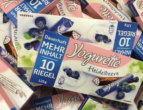 Yogurette von Ferrero mit Heidelbeer-Geschmack. Nichts für mich.