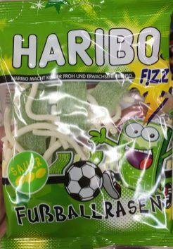 Extra zur Fußball-EM 2016? Haribos Fußballrasen.