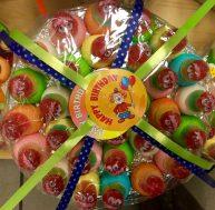 Gummi: Weingummi-Mimikri von Look-o-Look: eine große Geburtstagsgtorte!