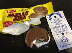 Mallo Cup Kekse mit marshmallow und Schokolade