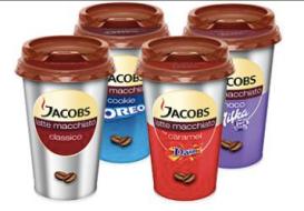 """Fertiges Milchmischgetränk von Jacobs mit Kaffeegeschmack und einem """"Zweitgeschmack"""" von einer der Konzernmarken wie Oreo, Daim oder Milka."""