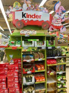 Zweitplatzierung Display Ferrero Kinder Schokolade Ü-Ei Ostern