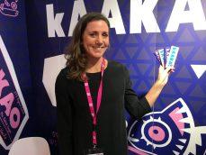 Die Schokoladenriegel von Kaakao aus England kommen ohne Zucker aus und verwenden stattdessen die Süße aus Datteln. Ich, der ich keine Datteln mag, schwöre: Man schmeckt keinerlei Datteln in der köstlichen Schokolade!