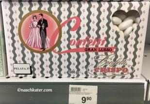 """Das ist das Original: Die """"Hochzeits-Edition"""" mit weißen Confetti im rechteckigen Karton mit einem Hochzeitsmotiv für immerhin knapp 10 Euro."""