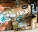 Weltpartner Kokos in Vollmilchschokolade fair gehandelt