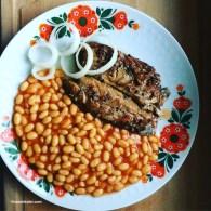 Bohnen mit Fisch Junk Food
