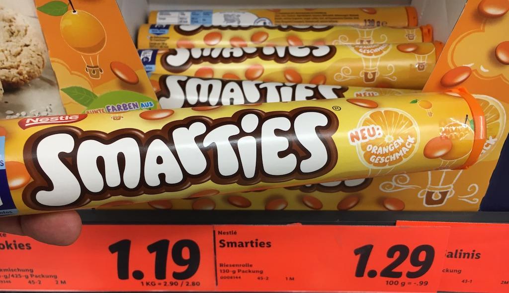 Nestlé Smarties mit Orangengeschmack