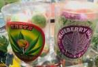 Cannabis Lollipops u.a. mit Blaubeer-Geschmack.