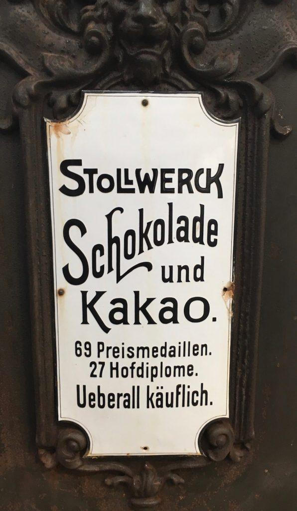 Stollwerck Schokolade und Kakao Schild eines Automaten Detail