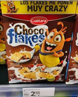 Cuetara Choco Flakes mit Monster auf Verpackung Spanien