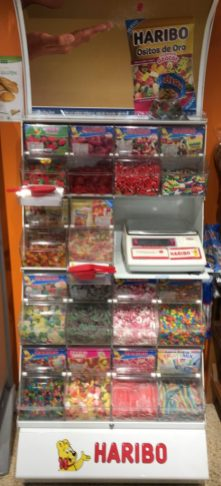 Haribo Pick+Mix Station in Supermarkt in Spanien