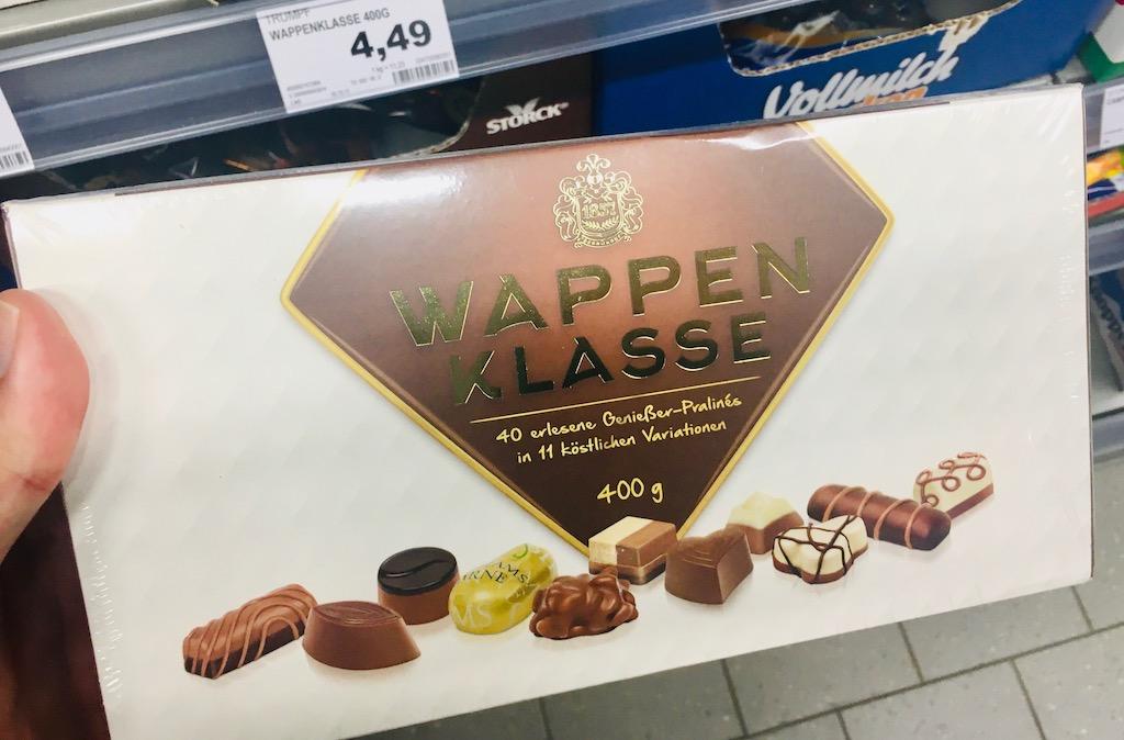 Trumpf Ludwig Schokolade Wappenklasse 40 Pralinés in 11 Varianten 400 Gramm
