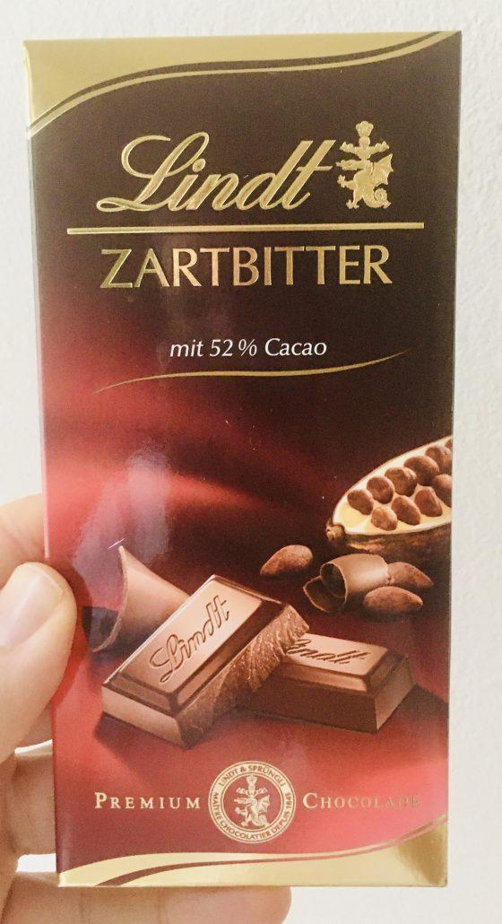 Lindt Zartbitter mit 52% Cacao Premium