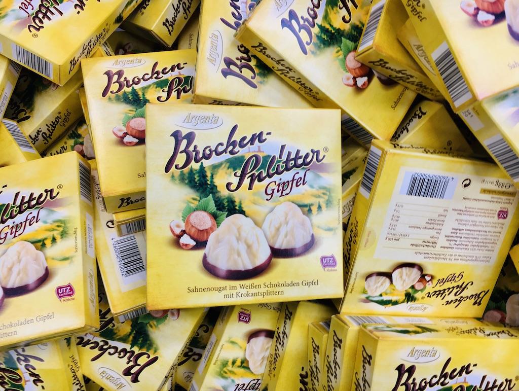 Argenta Brocken-Splitter Gipfel Sahnenougat im Weißen Schokoladen-Gipfel mit Krokantsplittern