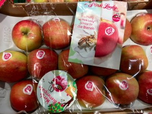Pink Lady Äpfel Kiste mit Bienen-Pate-Aktion