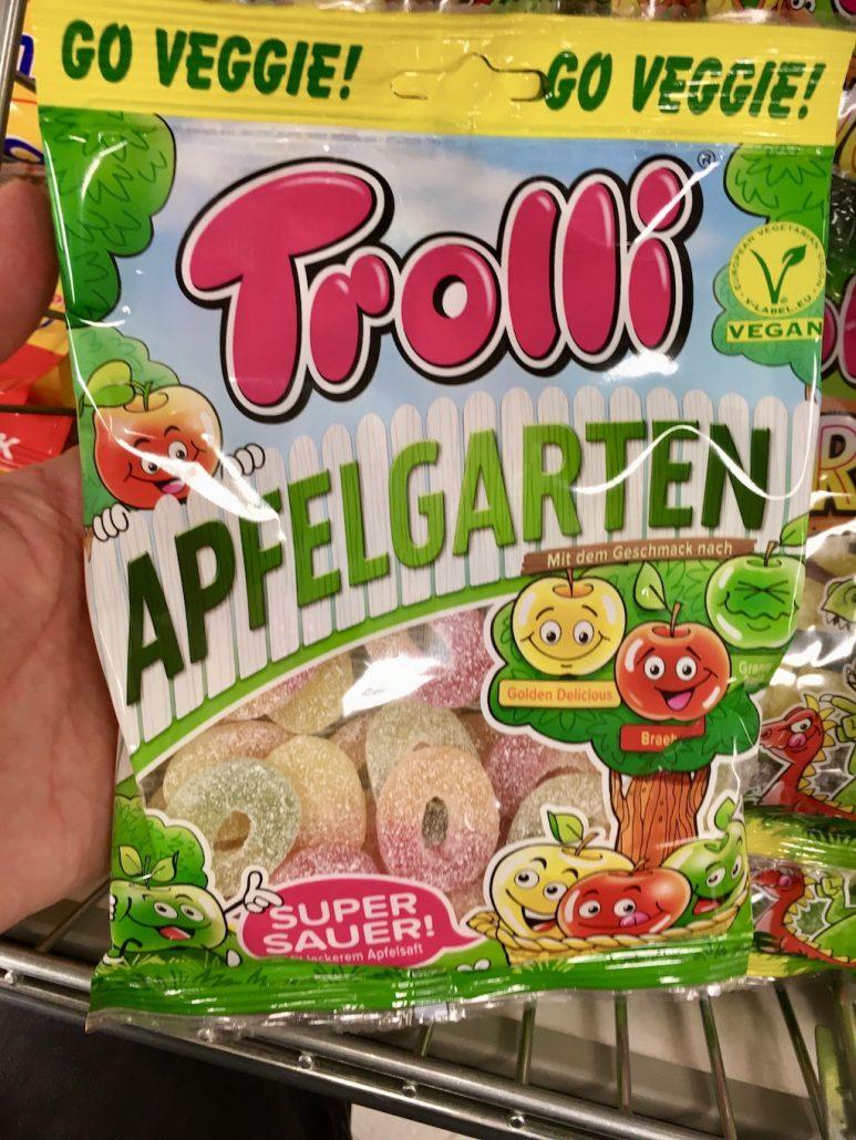 Trolli Apfelgarten mit drei Apfelsorten Golden Delicious und Braeburn und Granny Smith Super Sauer Veggie