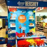 Hershey's Promotion Stand am Frankfurter Flughafen
