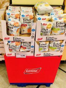 Lorenz Kichererbsen Chips Paprika und Sour Cream & Onion Display Zweitplatzierung