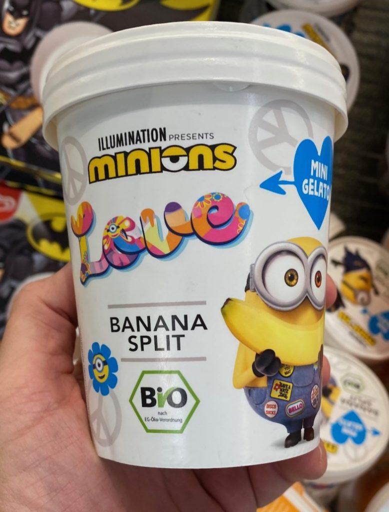 Minions Eiskrem Banana Split Pint Love Seitenanssicht