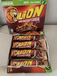 Nestlé Lion Breakfast Cereal Bar 4er