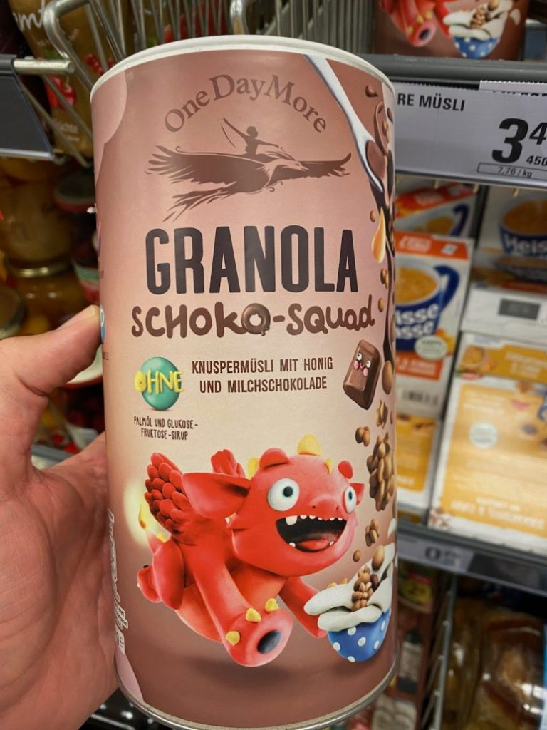 One Day More Granola Schoko-Squad Röhre Monstermotiv