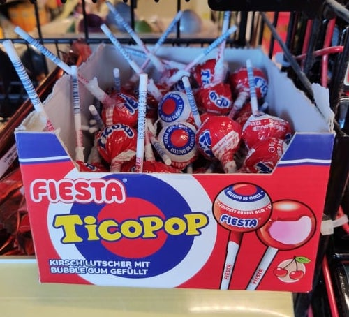 Fiesta Ticopop Kirschlutscher mit Bubblegum gefüllt Display