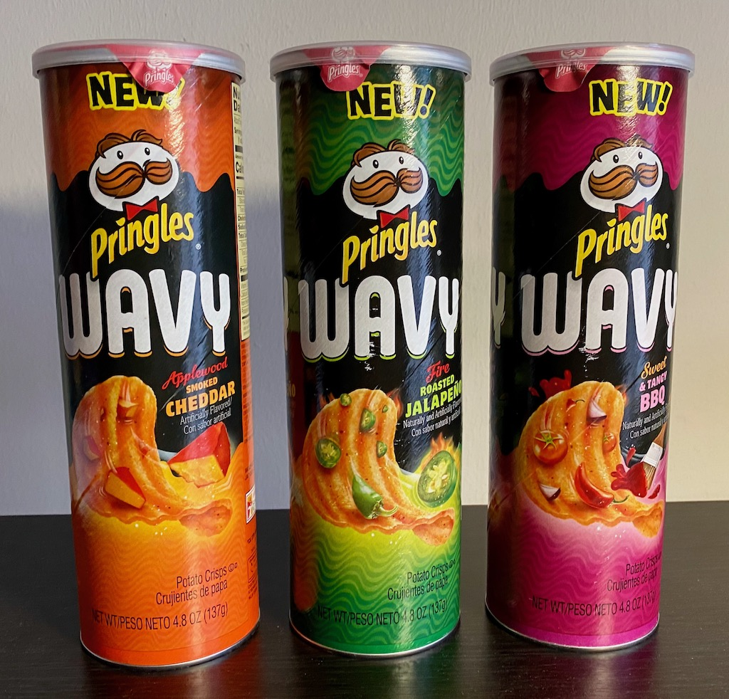 Pringles Wavy Applewood Smoked Cheddar-Fire Roasted Jalapeno-Sweet+Tangy BBQ-137G