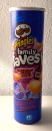 Pringles family faves Cheddar-BBQ Superstack