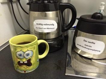 Spongebob Schwammkopf Kaffeebecher mit Filterkaffee
