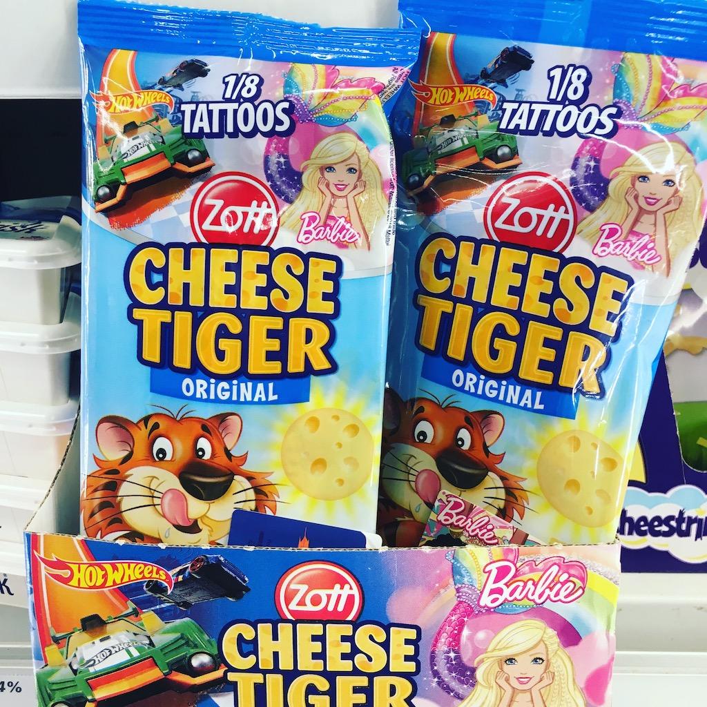Zott Cheese Tiger Barbie und Hot Wheel mit Tattoos