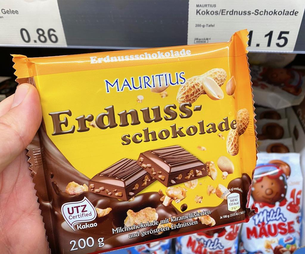Aldi Mauritius Erdnuss-Schokolade karamelisierte und geröstete Erdnüsse 200G