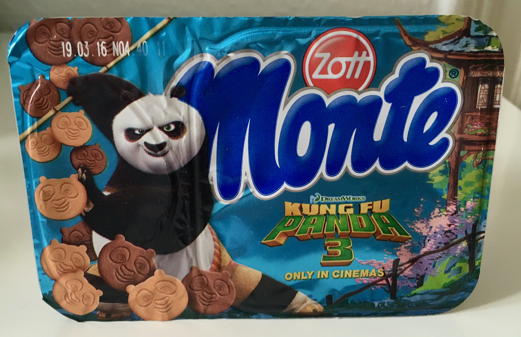 Zott Monte Kung Fu Panda 3 mit Panda-Keksstückchen