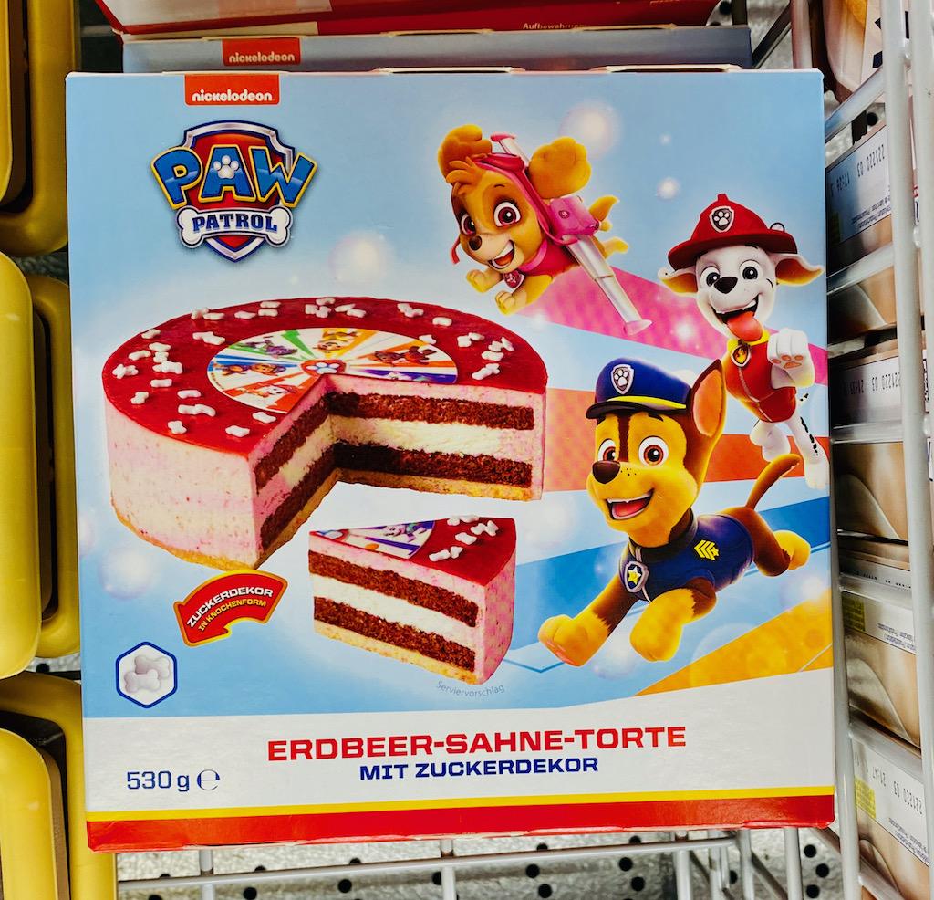 Paw Patrol Erdbeer-Sahnetorte mit Zuckerdekor 530G