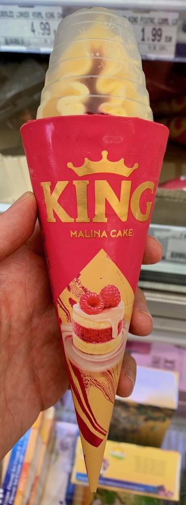 King Malina Cake Eiskremtüte Himbeertörtchen-Geschmack