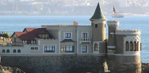 Foto: http://www.visitevinadelmar.cl/articulo/palacios-y-castillos/6/30/castillo-wulff.html